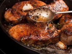 ТОП-5 маринадов для запекания мяса