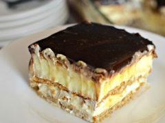 Любимый торт «Эклер» из печенья без выпечки