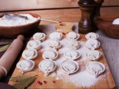 Идеальное тесто «Чистые руки» на пельмени и вареники. Прекрасно держит форму и не разваривается