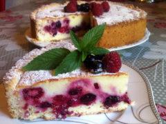 Сметанник с ягодами — самый вкусный и быстрый рецепт