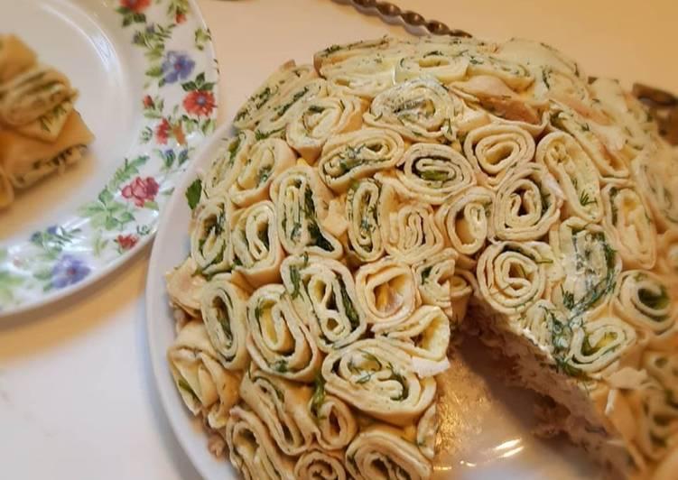 Красивый праздничный салат «Шарлотка»