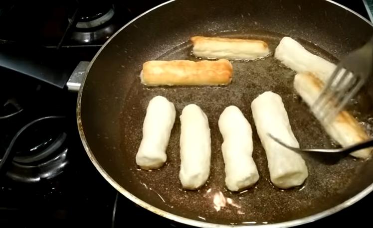 Творожные палочки за 15 минут — быстрое угощение к чаю!