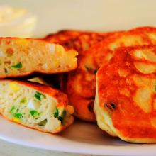 Ленивые оладушки — пирожки: быстрее и вкуснее не бывает!