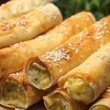 Закусочные трубочки из лаваша с картофельной начинкой